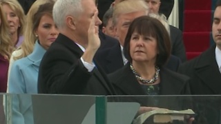 Mike Pence sworn in as Vice President of the United States - Video