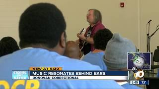 Music resonates behind bars - Video