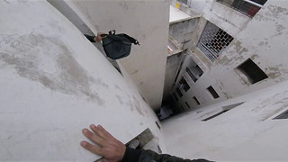 Roof Jumping Through Morocco - Video