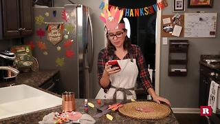How to make a Thanksgiving headband with Elissa the Mom - Video