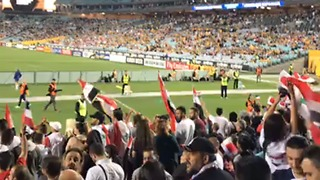 Syrian Soccer Fans Show Their Support at World Cup Playoff in Sydney - Video