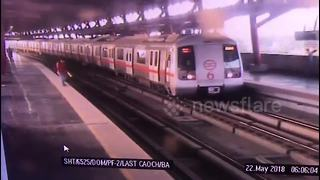 Incredible moment metro train halts to save man's life - Video
