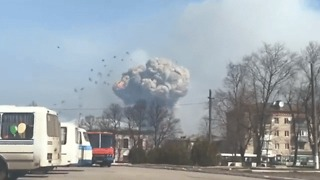 Residents Evacuated After Major Blast at Ukraine Ammunition Depot - Video