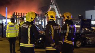 Firefighters tackle major fire in Staples Corner, London - Video