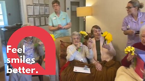 Dementia residents broke out into song as relatives visited them in lockdown