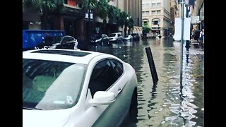 Floodwaters Fill Streets of Downtown New Orleans