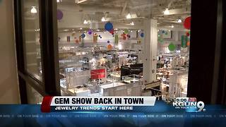Tucson sparkles as gem show begins - Video