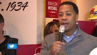 Wisconsin firefighters union head running for governor - Video
