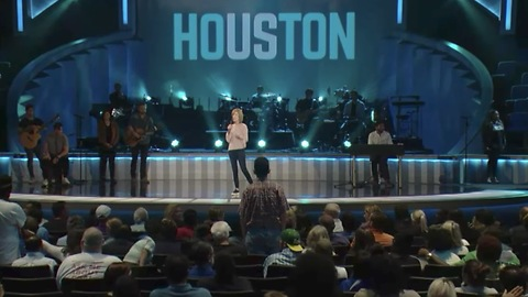 Osteen Allegedly Collects Offering From Harvey Victims