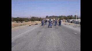 Three arrested for public violence following Ikemeleng protest (6hW)