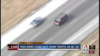 Person connected to KCK homicide leads police on chase - Video