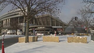 Kansas City welcomes Canadian fans ahead of Chiefs playoff game