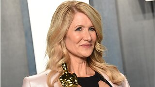 Laura Dern Rewore Dress From 25 Years Ago, Oscars Party