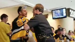 Penguins Fan Gets TASED After Scuffle with Cops - Video