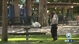Bill to end smoking in local parks - Video