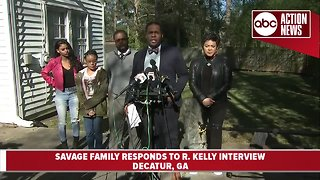 Jocelyn Savage's family holds press conference to address R. Kelly interview