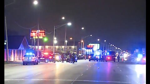 Detroit police shoot, kill suspect who allegedly drove through crime scene & shot at officers