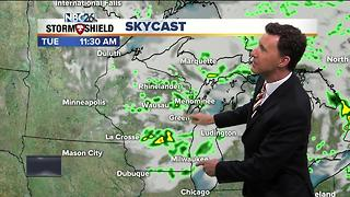 Michael Fish's 10P NBC26 Forecast - Video