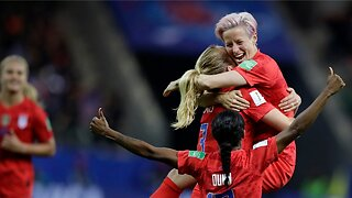 Megan Rapinoe defends women's US soccer team