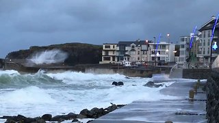 Storm Caroline Brings Rough Waves to Portstewart, Northern Ireland - Video