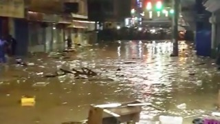 Flooding Swamps Streets in Jamaica's Montego Bay - Video