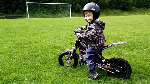 2-year-old masters electric motorcycle without training wheels