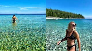 Ontario's Unbelievable Crystal-Clear Beach Oasis Is Like A Trip To The Bahamas