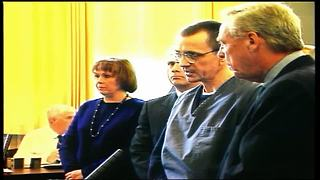 Joseph Paul Franklin: Judge jaws with convicted sniper killer during sentencing - Video