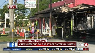 Grocery store fire in Fort Myers