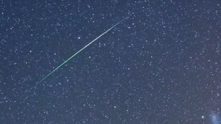 Green Meteor Showers Delight Onlookers Near Kiama - Video