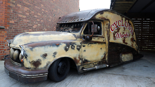 Taxi Transformed Into Rat-Rod In Seven Days  | RIDICULOUS RIDES - Video