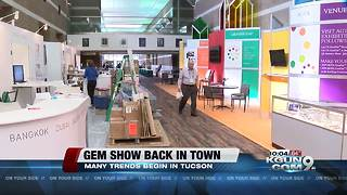 Vendors and buyers pour into Tucson for gem shows - Video