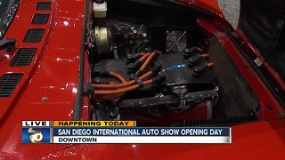 Latest in electric vehicles on display at SD Auto Show