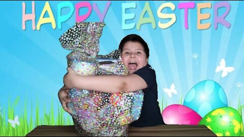 Homemade Easter Basket: Lots of Candy and Slime
