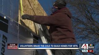 Group builds tiny homes for homeless veterans - Video