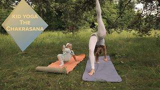 Adapting the impossible: The Chakrasana - Video