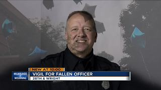 Community gathers at vigil for fallen MPD officer Michael Michalski - Video
