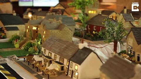 QUITE THE SHOWSTOPPER! BAKER MAKES MODEL OF HER ENTIRE VILLAGE OUT OF CAKE