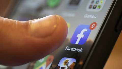 COVID-19 Spurs Record Social Media Use — But Ad Revenue Is Falling