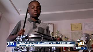 Kidney recipient celebrating 10th rebirthday - Video