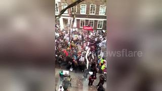 Students march against tuition fees in London - Video