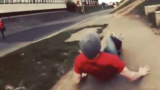 Skateboard Slam - Always wear a helmet kids - Video