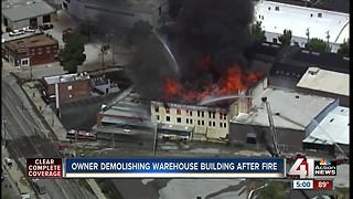 Crews begin investigation into 3-alarm fire at Kansas City furniture warehouse (5pm) - Video