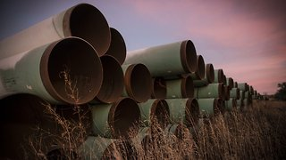Federal Judge Temporarily Halts Keystone XL Oil Pipeline Construction