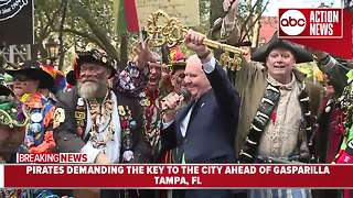 Pirates demand the key to the city of Tampa ahead of Gasparilla - Video