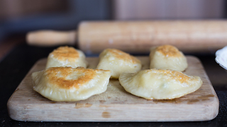 How to make popper pierogies at home - Video