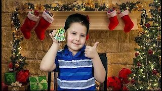 Christmas Cookies: Decorating with Noah