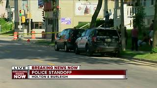 Police standoff and Holton and Burleigh - Video