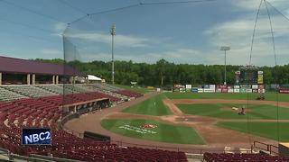 Timber Rattlers planning to honor team host mother and cancer survivor - Video