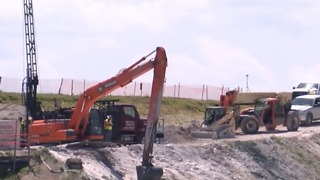 Speeding up repairs to the Herbert Hoover Dike - Video